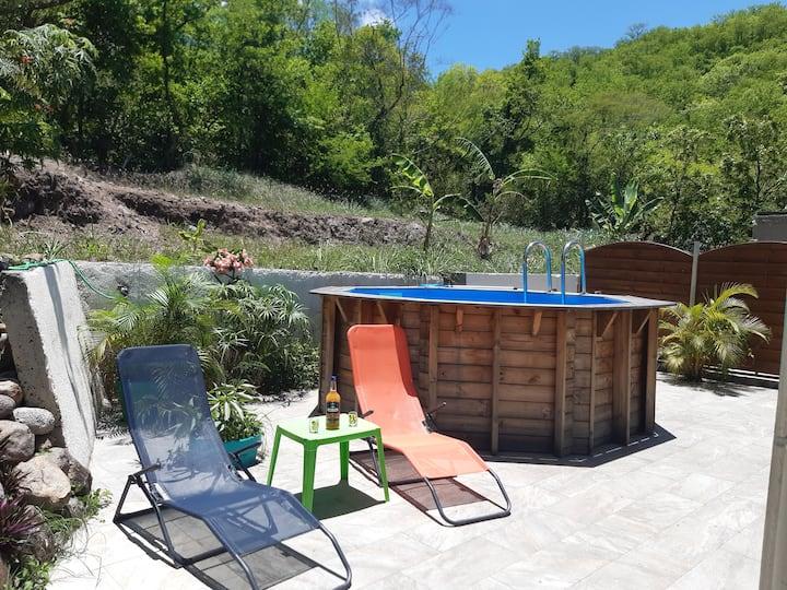 GITE GWAD'ASIA avec piscine privée