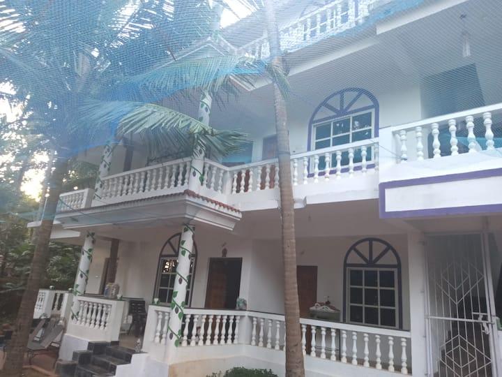 Morjim beach Tvisha home