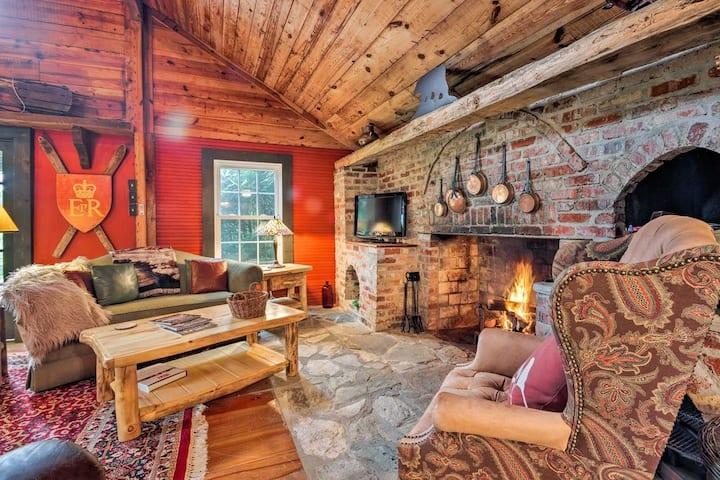 NEW! Custom Cabin in Little Switzerland w/Fire Pit
