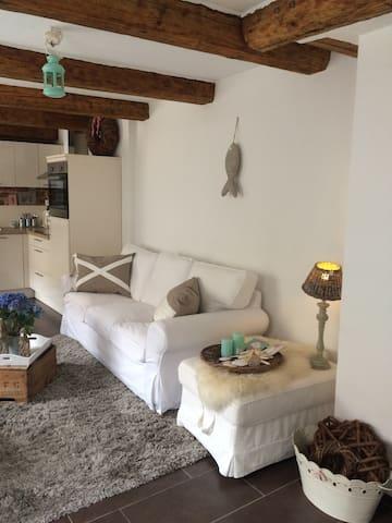 Zauberhaftes Ganghaus - Lübeck - House