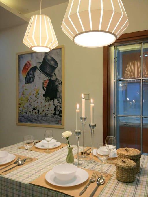 温馨餐桌,来个烛光晚餐吧!