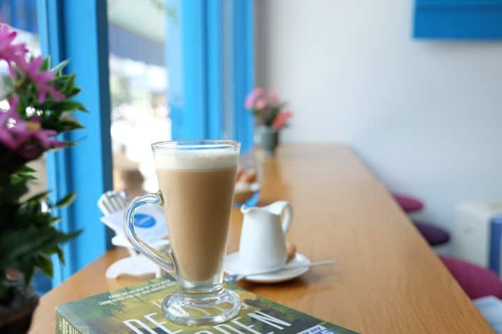 Santorino coffee & tea Homestay- Private room 4
