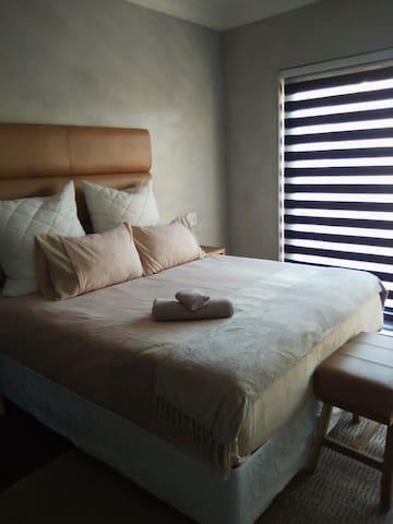 Anisa Guesthouse Room 3 Balcony