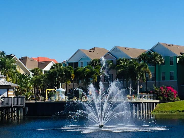 3BR/2Bath Spacious condo 15min Disney