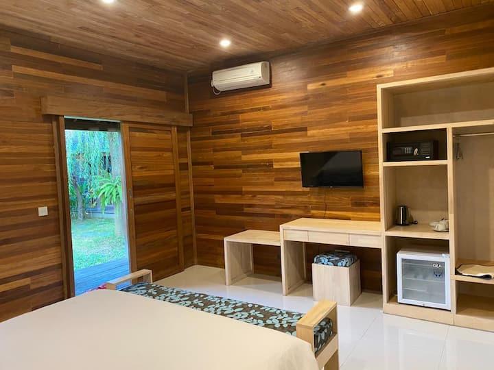 Standard Villa Umah Joglo, Kerobokan