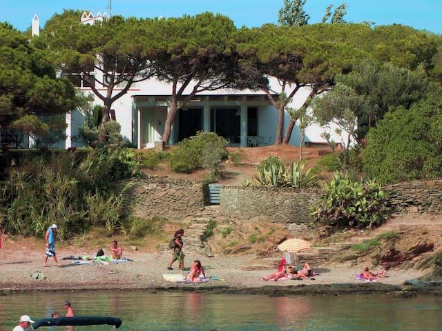 Casa primera línea playa - Cadaqués - House