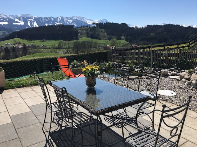 Awesome View and fresh eggs - Ofterschwang - Dom