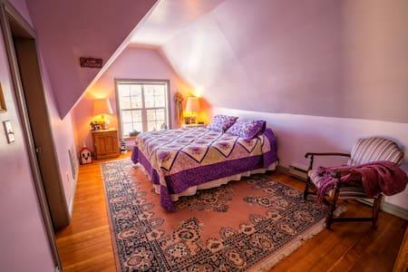 Kristine Room at Linnea's - Ephraim