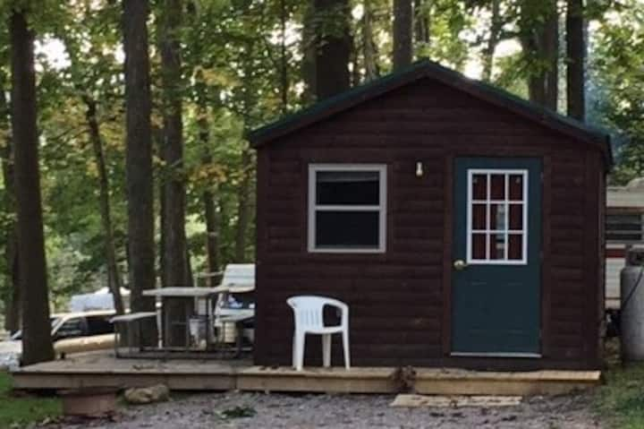 Silver Canoe Campground - One Bedroom Cabin