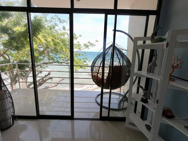 BALET 2-Exclusive Beach House for big group 10 pax