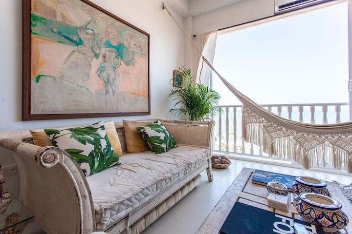 Sea view loft in Cartagena historic walled city