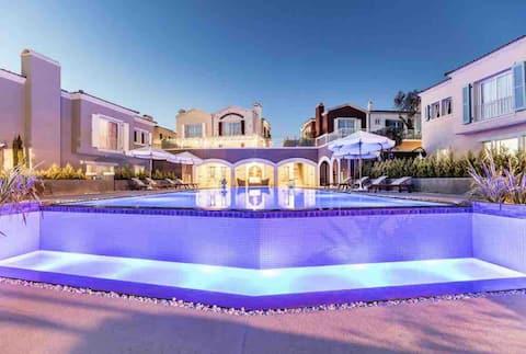 Çeşme Ovacık'ta muhteşem manzaralı villa
