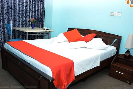 Windswood City Hotel - Kurunegala - Aamiaismajoitus