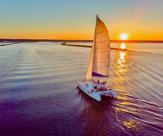 Sail aboard your private 44 foot catamaran yacht!
