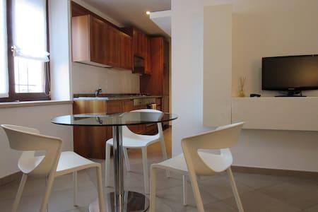 """Appartamento """"Arrivabene"""" - Apartment"""