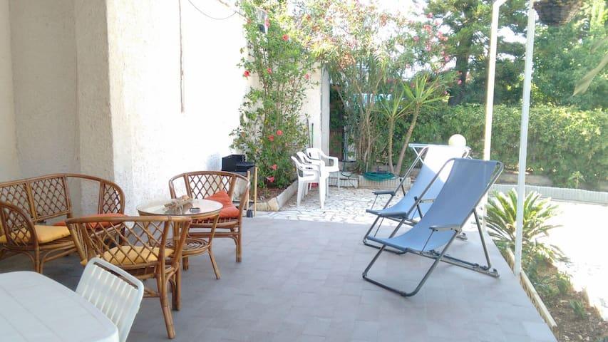 Casa Vacanza Magnolie - Villaggio sporting - Apartament