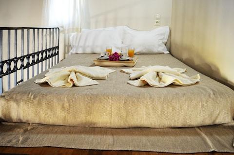 Smart apartment in Myrtia,15 min from Heraklion