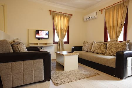 vira apart suits - Fethiye - Bed & Breakfast