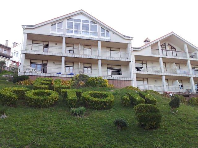 Apartamento con vistas al mar en mogro - Miengo - Lejlighed