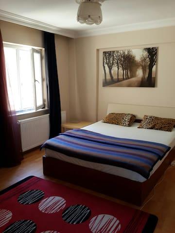 Görükle Merkezde Çift Kişilik Oda - Görükle - Apartment