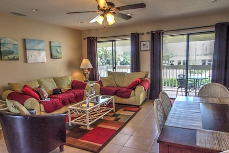 Enjoy this Wonderful 2br, Sleeping 7, at Sandpiper Cove Resort.