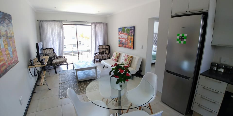 Beautiful Upmarket Apartment in Fourways