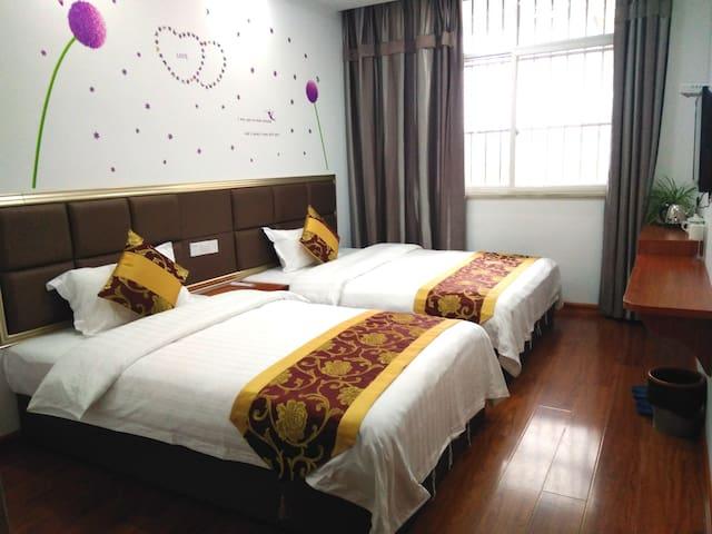 祥安阁民宿 温暖舒适亲子家庭房,有独立卫生间,风景独特