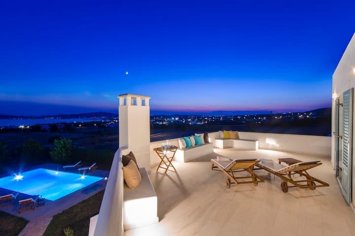 Vesper Villa Paros  4 BDR Sea View Villa with Pool