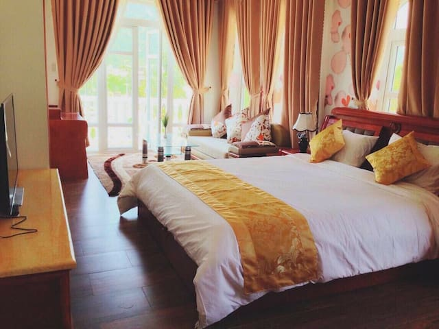 7th bedroom - 4th floor