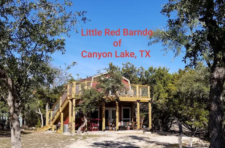 Little Red Barndo of Canyon Lake, Texas