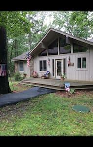 Lakefront cabin near golf resort! - Drasco