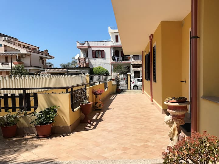 New house with garden -> 30 meters from the beach