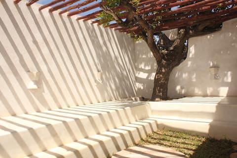 Saba Residency