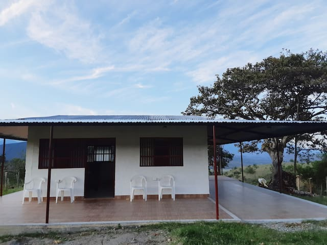 Cabaña Casa Cedeño,  ¡un espacio maravilloso!