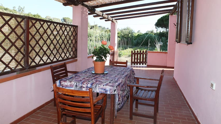 Casa indipendente a circa 1,5km da Marina di Campo - Campo nell'Elba - Departamento