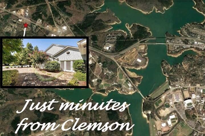 Camelia House 3 Miles to Clemson 5 Miles to Lakes!