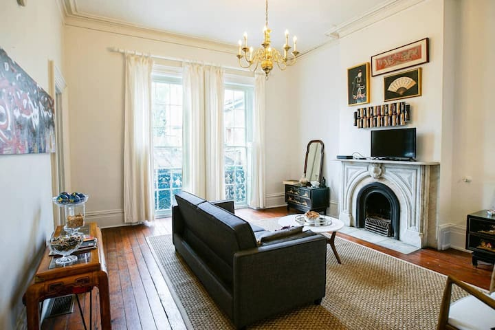 Apartment B · Stunning, Art-Filled Apt in 19th C Building Apt B