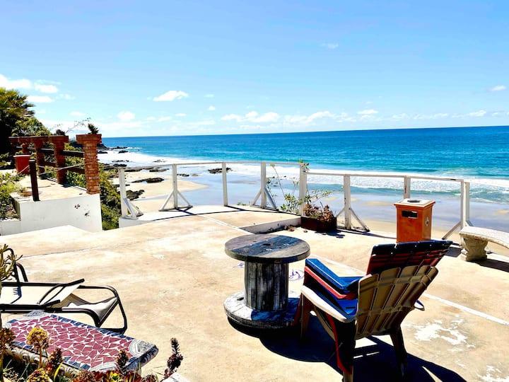 BEAUTIFUL VILLA ON A PRIVATE BEACH