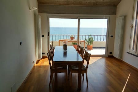 Luxury beachfront penthouse - Deiva Marina - Apartment