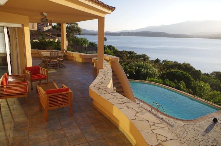 Magnifique villa avec accès direct à la mer