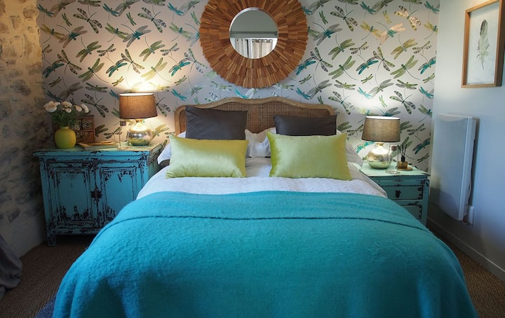 Suite Jardin-Suite-Romantic-Ensuite with Bath-Park View