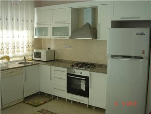 BLK 113 - Kadriye Belediyesi - Casa de camp