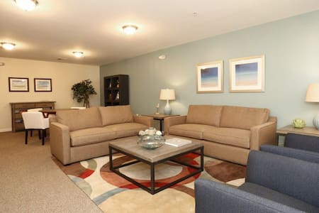 New Clean&Cozy Room, West Hartford - 웨스트 하트포드(West Hartford)