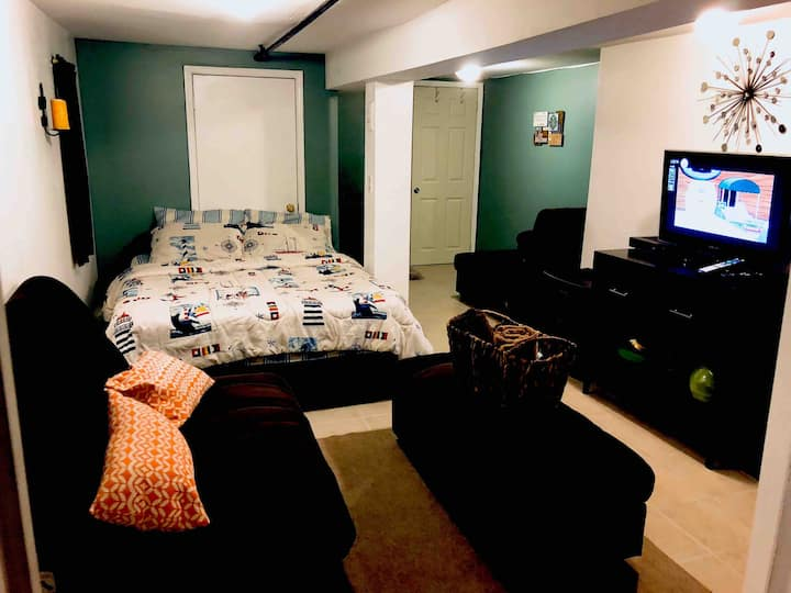 queens dainty cozy  studio for two in jfk/lga area