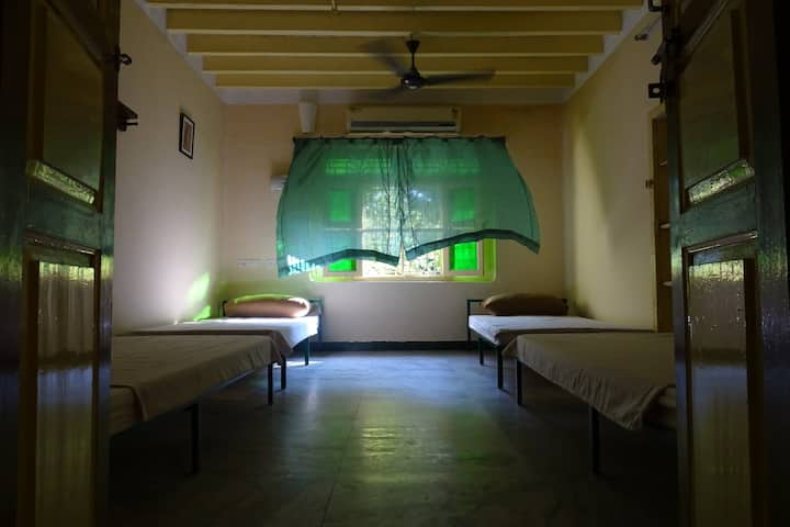 Single Bed in AC Shared Room of Pondicherry