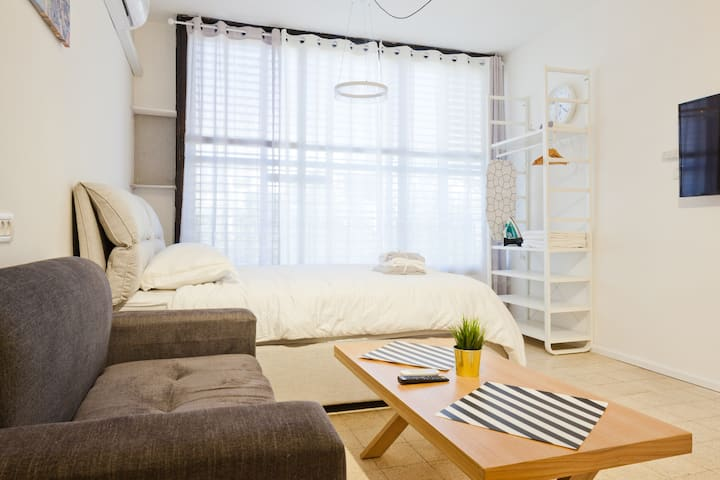 Cozy apartment in HOLON, 15 min from tlv amazing