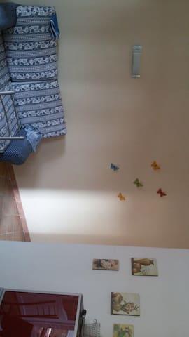 Villa  con 3 appartamenti indi - Foce Varano - Huoneisto
