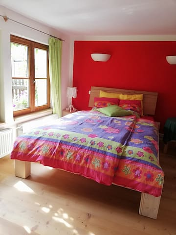 wohlig,ruhiges, Zimmer im idyllischen Fachwerkhaus