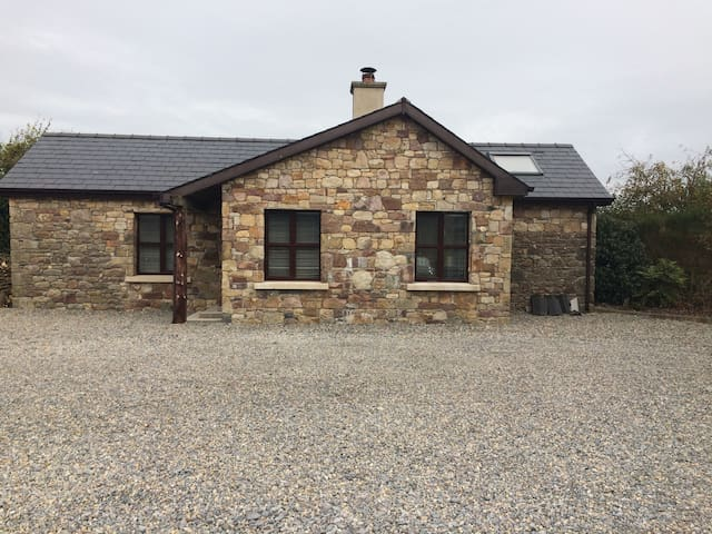 Cosy cottage with amazing views  of the Galtees - South Tipperary - Hus