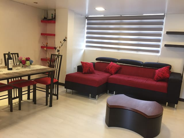 3 bedroom apartment located 5 min from El Centro